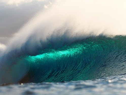 emerald wave hawaii